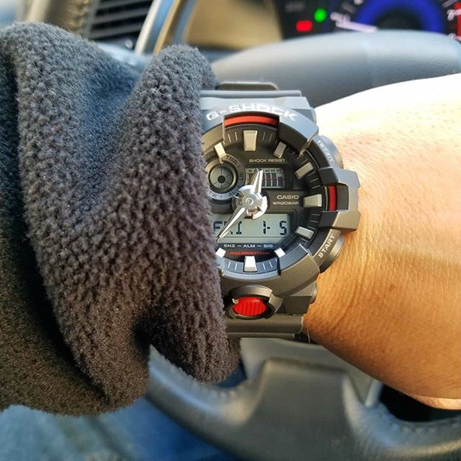 Đồng hồ nam dây nhựa Casio G-Shock chính hãng GA-700-1ADR