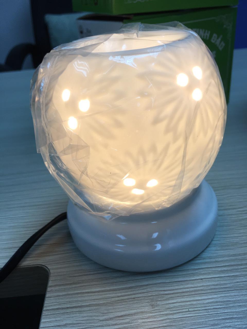 Đèn xông tinh dầu D20