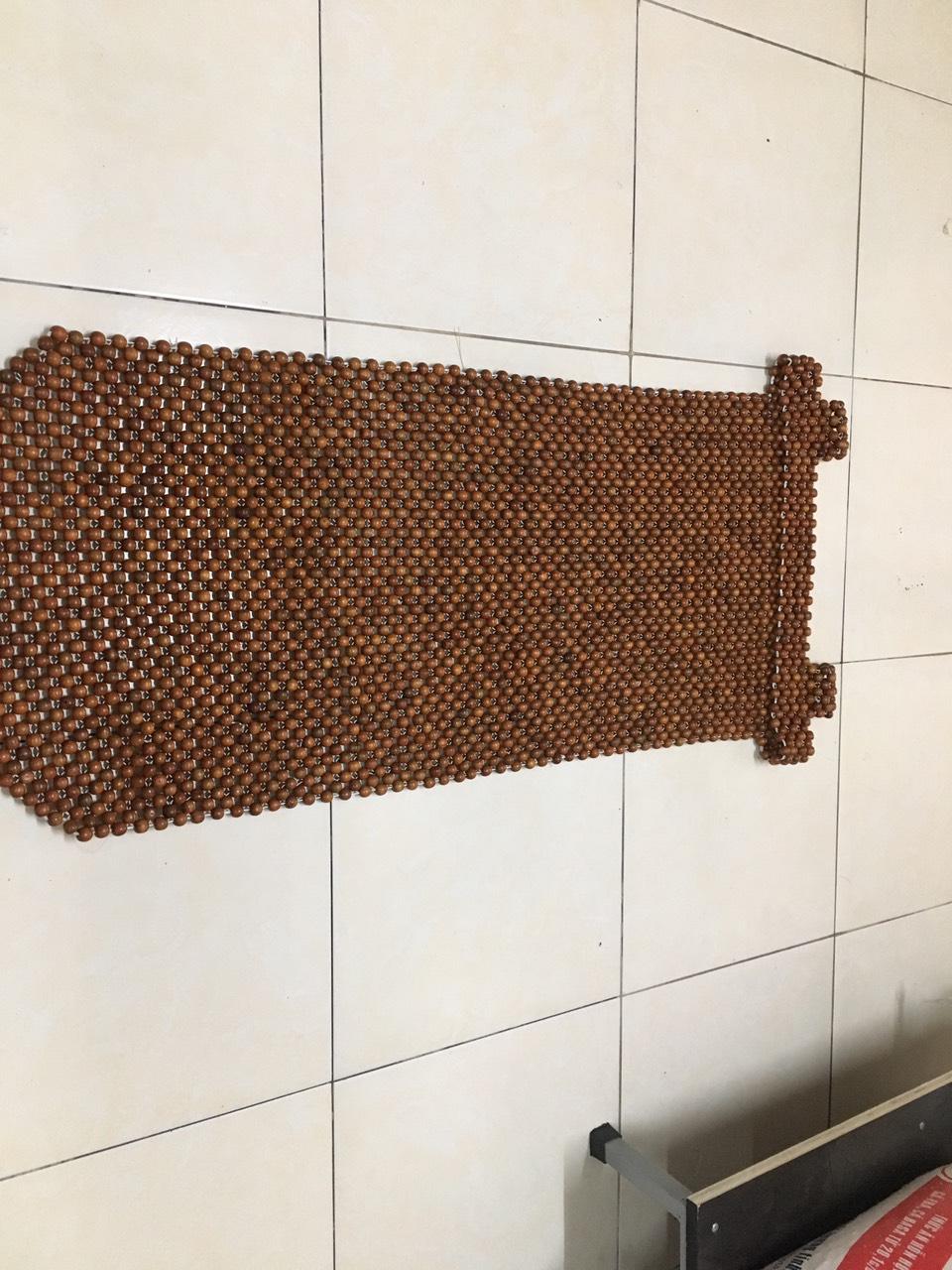 Đệm lót ghế ô tô hạt gỗ hương mộc 1,2cm ( hình thật ) - Miếng lót ghế ô tô , Miếng tựa lưng cho ghế ô tô dùng cho mùa hè mát , mùa đông ấm