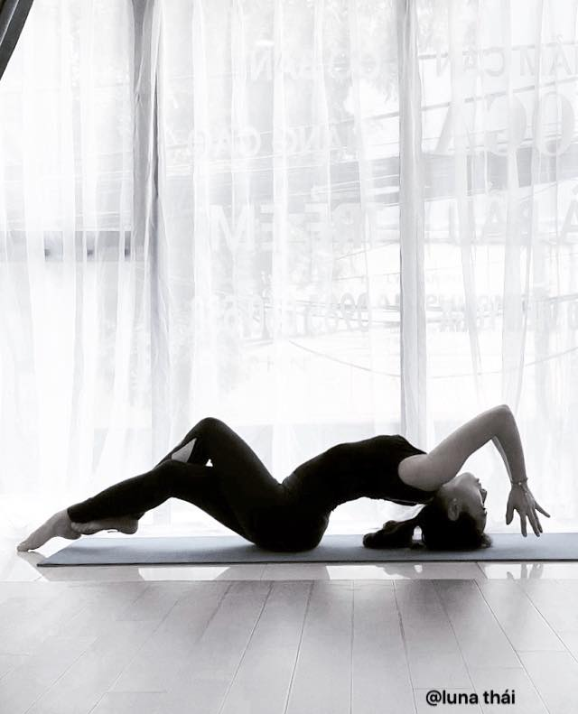 Hình ảnh Thảm Tập Yoga Định Tuyến Da PU Cao Cấp Chính Hãng miDoctor + Túi Đựng Thảm Tập Yoga + Dây Buộc Thảm Yoga Định Tuyến