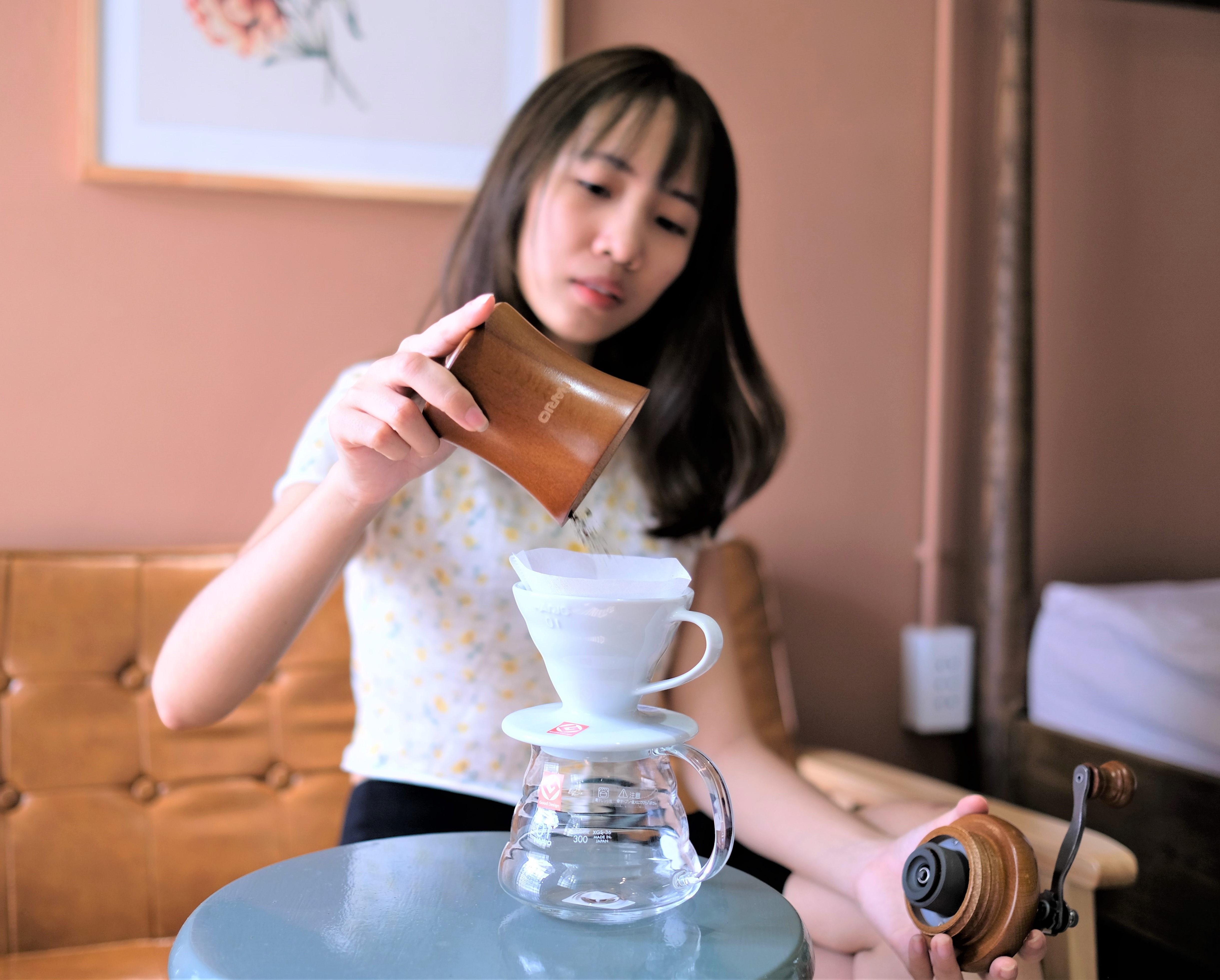 """Cối xay cà phê Hario Coffee Mill """"Dome"""""""