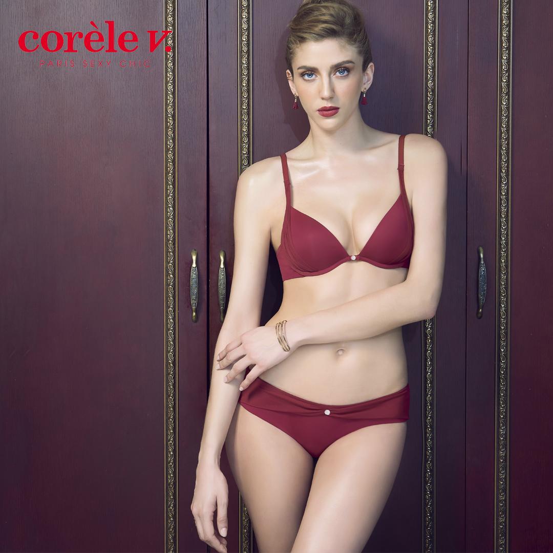 CORÈLE V.