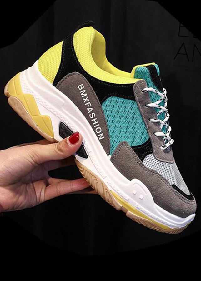 Giày sneaker nữ , hợp thời trang, thoải mái , tôn dánh cực đỉnh 501 - 2186472429681,62_3488425,598000,tiki.vn,Giay-sneaker-nu-hop-thoi-trang-thoai-mai-ton-danh-cuc-dinh-501-62_3488425,Giày sneaker nữ , hợp thời trang, thoải mái , tôn dánh cực đỉnh 501