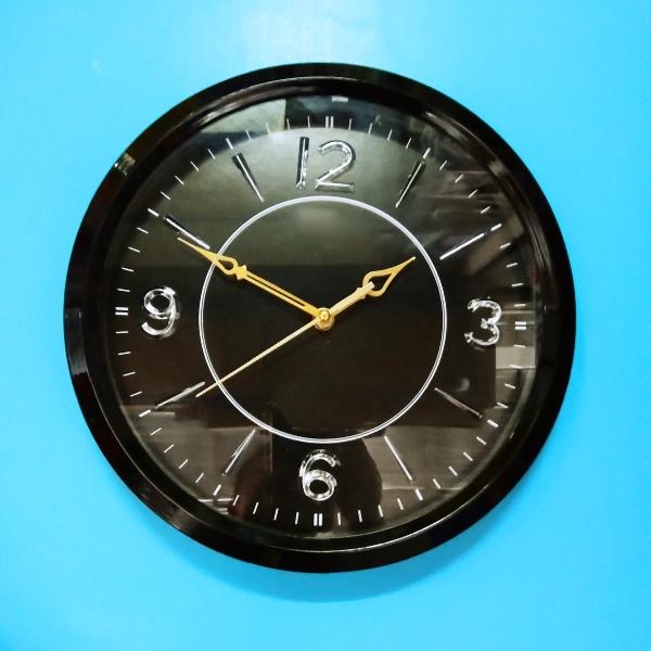 Đồng hồ treo tường S 8 giao màu ngẫu nhiên