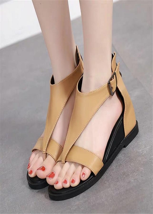 Giày sandal chiến binh nữ cá tính - 2190998 , 6812553908184 , 62_14058792 , 355000 , Giay-sandal-chien-binh-nu-ca-tinh-62_14058792 , tiki.vn , Giày sandal chiến binh nữ cá tính