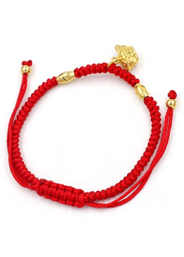 Vòng đeo tay tết dây phong thủy thỏi vàng TD7 - Vòng tay chỉ đỏ may mắn - 2204013 , 1624359639699 , 62_14144711 , 280000 , Vong-deo-tay-tet-day-phong-thuy-thoi-vang-TD7-Vong-tay-chi-do-may-man-62_14144711 , tiki.vn , Vòng đeo tay tết dây phong thủy thỏi vàng TD7 - Vòng tay chỉ đỏ may mắn