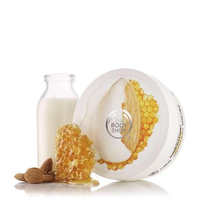 Bơ Dưỡng Thể The Body Shop Almond Milk  Honey Soothing  Restoring Body Body Butter (200ml)