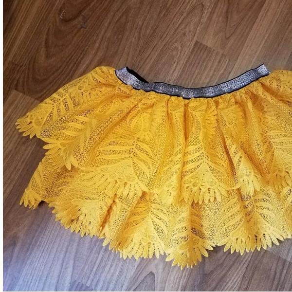 Chân váy vàng tầng VT01