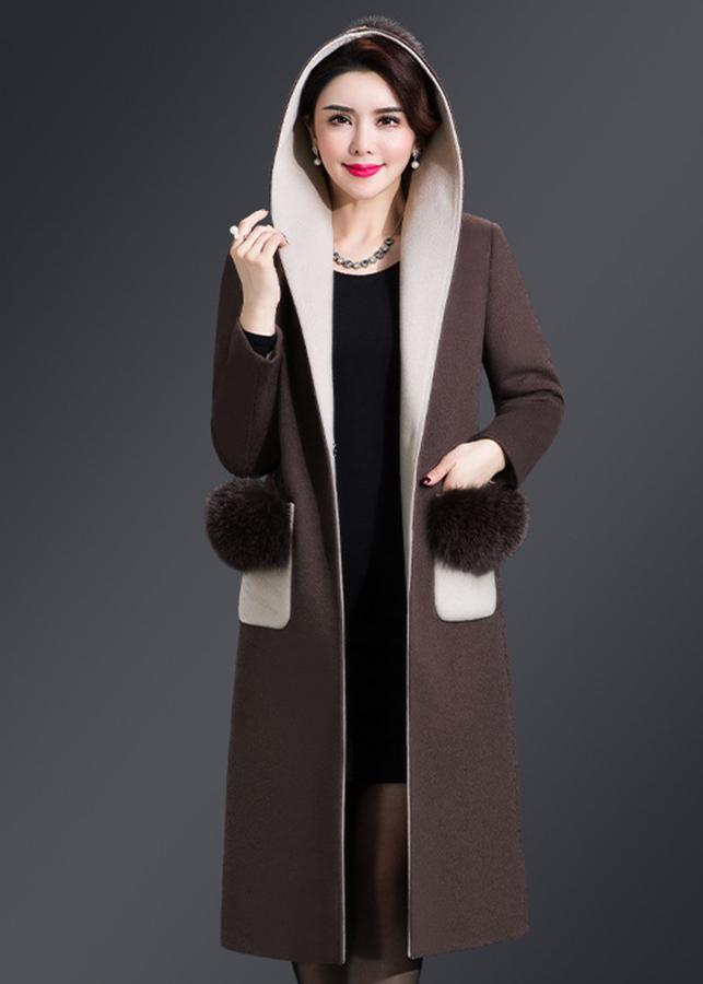 Áo khoác dạ măng tô dáng dài có nón phối lông túi áo AKD1509 - 1241621 , 6287558723733 , 62_7937185 , 2750000 , Ao-khoac-da-mang-to-dang-dai-co-non-phoi-long-tui-ao-AKD1509-62_7937185 , tiki.vn , Áo khoác dạ măng tô dáng dài có nón phối lông túi áo AKD1509
