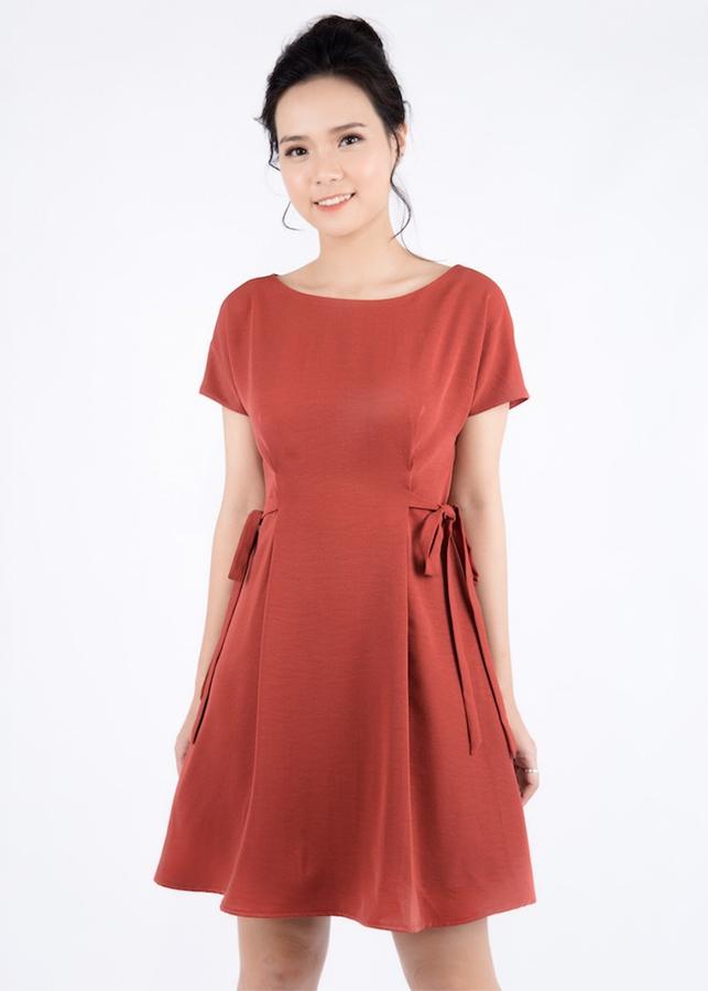 Đầm Xoè Tay Dơi Thắt Nơ Eo De Leah - Đỏ
