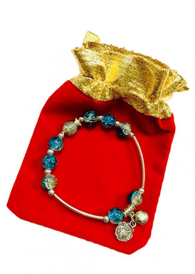 Lắc tay nữ hạt châu phối màu xanh da trời gắn charm họa tiết độc đáo LT01 (cỡ hạt 8li, có kèm túi nhung cao cấp) - 1020502 , 7120807703546 , 62_2906751 , 70000 , Lac-tay-nu-hat-chau-phoi-mau-xanh-da-troi-gan-charm-hoa-tiet-doc-dao-LT01-co-hat-8li-co-kem-tui-nhung-cao-cap-62_2906751 , tiki.vn , Lắc tay nữ hạt châu phối màu xanh da trời gắn charm họa tiết độc đáo L