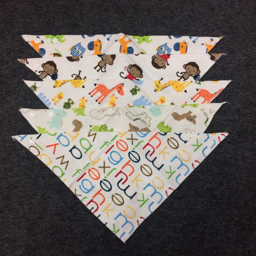 Combo 5 khăn yếm tam giác cho bé trai - Màu ngẫu nhiên - 1346612 , 1332766583800 , 62_13157940 , 150000 , Combo-5-khan-yem-tam-giac-cho-be-trai-Mau-ngau-nhien-62_13157940 , tiki.vn , Combo 5 khăn yếm tam giác cho bé trai - Màu ngẫu nhiên