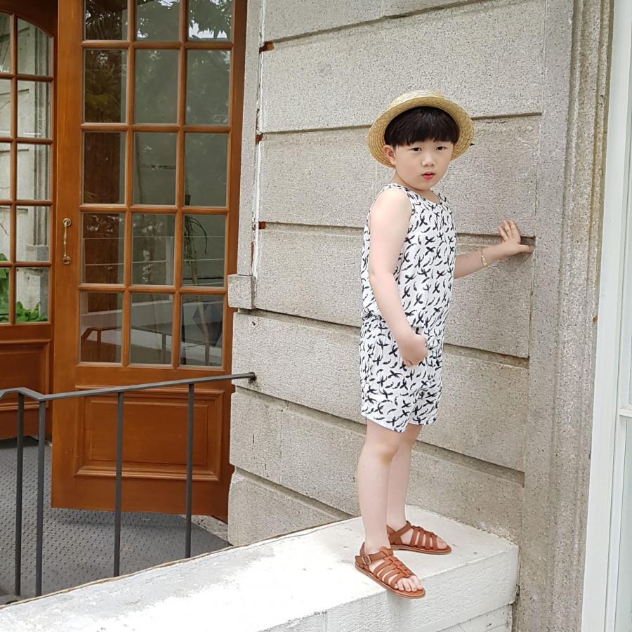 Đồ Bộ Ngắn Bé Trai, Bé Gái NEWKIZ SET#1 - Quần áo trẻ em Phong Cách Hàn Quốc - 7571939 , 1185097127188 , 62_11734295 , 165000 , Do-Bo-Ngan-Be-Trai-Be-Gai-NEWKIZ-SET1-Quan-ao-tre-em-Phong-Cach-Han-Quoc-62_11734295 , tiki.vn , Đồ Bộ Ngắn Bé Trai, Bé Gái NEWKIZ SET#1 - Quần áo trẻ em Phong Cách Hàn Quốc