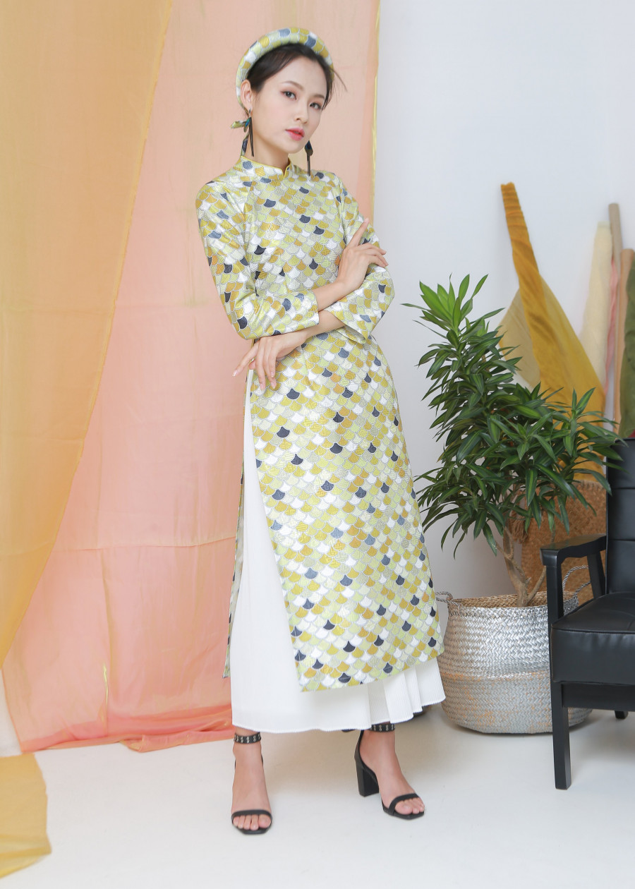 Áo dài vải rồng 2 tà màu vàng ( size : XS, S ) - 2336440 , 7953449908419 , 62_15185001 , 792000 , Ao-dai-vai-rong-2-ta-mau-vang-size-XS-S--62_15185001 , tiki.vn , Áo dài vải rồng 2 tà màu vàng ( size : XS, S )