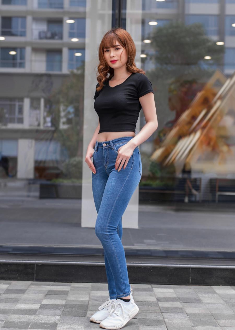 Quần jean nữ skinny trơn dáng lỡ 395
