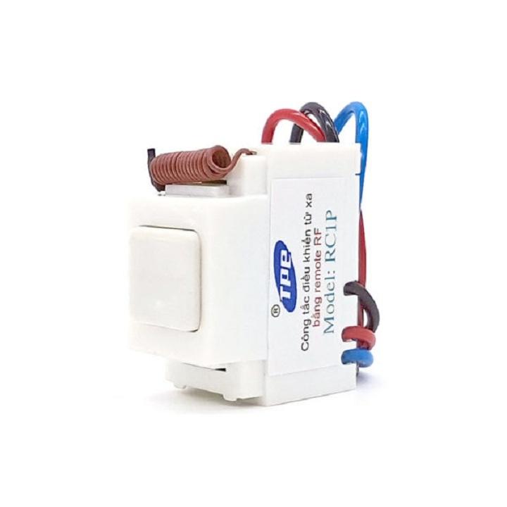 Bộ 5 công tắc điều khiển từ xa sóng RF lắp mặt Panasonic TPE RC1P - 1065276 , 9424958934346 , 62_8194077 , 600000 , Bo-5-cong-tac-dieu-khien-tu-xa-song-RF-lap-mat-Panasonic-TPE-RC1P-62_8194077 , tiki.vn , Bộ 5 công tắc điều khiển từ xa sóng RF lắp mặt Panasonic TPE RC1P