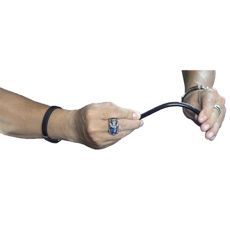 Đồ chơi dụng cụ ảo thuật với bút bi độc đáo: Bẻ cong cây bút