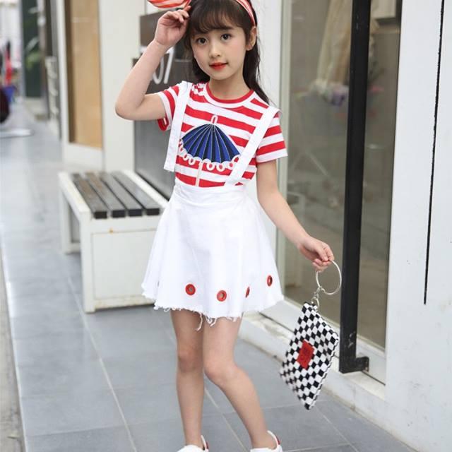 Set áo và chân váy 011070