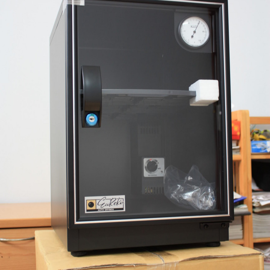 Tủ chống ẩm Eureka RT-48C (40 lít) - Hàng chính hãng