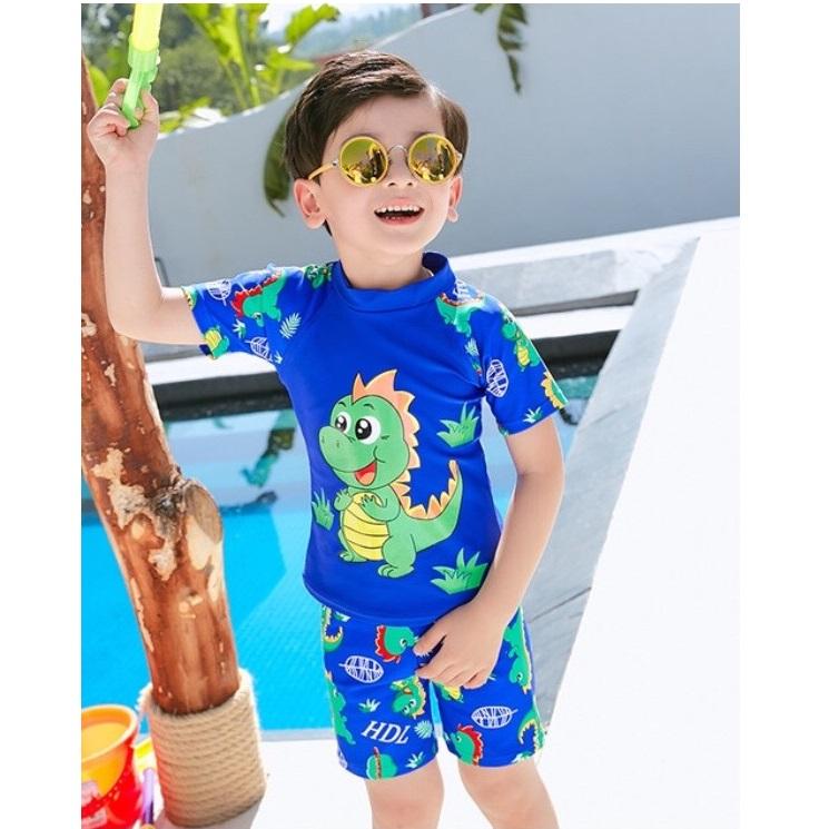 Bộ bơi bé trai có nón bơi - 9750990 , 7712863031055 , 62_16434975 , 300000 , Bo-boi-be-trai-co-non-boi-62_16434975 , tiki.vn , Bộ bơi bé trai có nón bơi