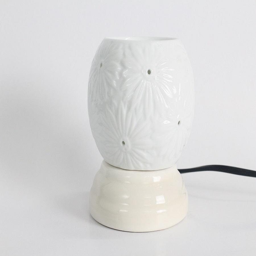 Đèn xông tinh dầu sứ hoa cúc Lasante DXS-05, Tặng tinh dầu 10ml