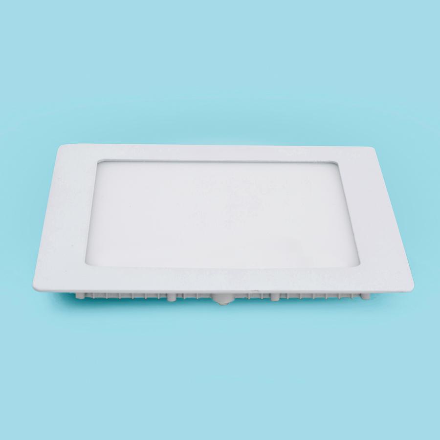 Đèn âm trần 15W vuông sáng trắng SM-V-15
