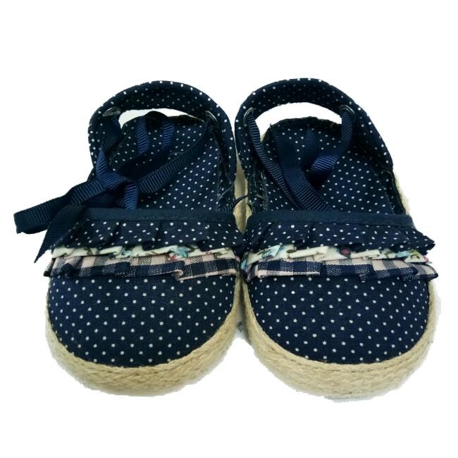 Giày sandal tập đi