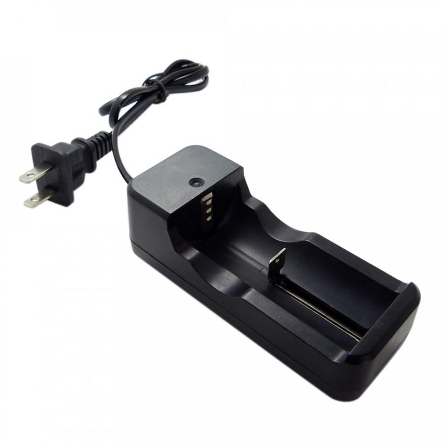Bộ Sạc Pin Có Đèn Báo Tương Thích Với Pin Lithium cho 3.6V Rechargeable Lithium Battery 18650 16340(AC110-240V 2.1W) - 9499515 , 6262064719777 , 62_15222824 , 206000 , Bo-Sac-Pin-Co-Den-Bao-Tuong-Thich-Voi-Pin-Lithium-cho-3.6V-Rechargeable-Lithium-Battery-18650-16340AC110-240V-2.1W-62_15222824 , tiki.vn , Bộ Sạc Pin Có Đèn Báo Tương Thích Với Pin Lithium cho 3.6V Recharge