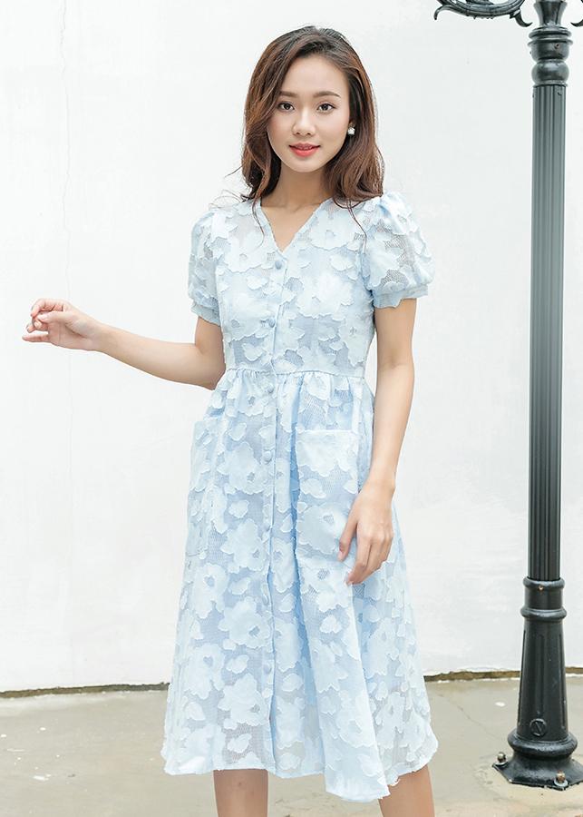 Đầm Ren Dạo Phố Nữ