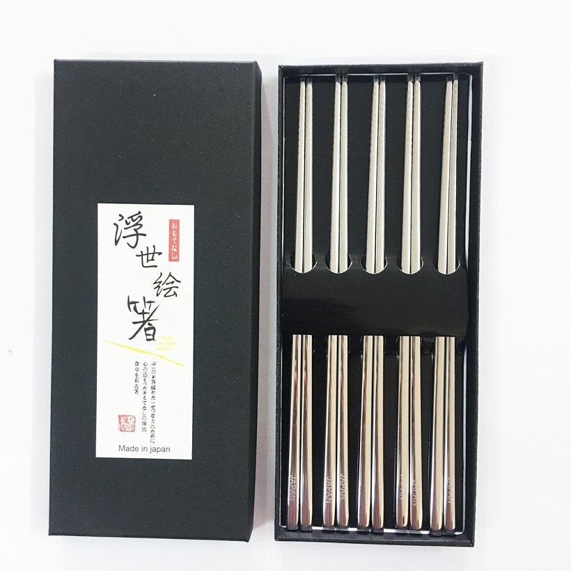 7233184546207 - Set 5 đũa ăn Nhật Bản inox 304 mẫu trơn vàng đặc ruột cầm đầm tay và rất chắc chắn