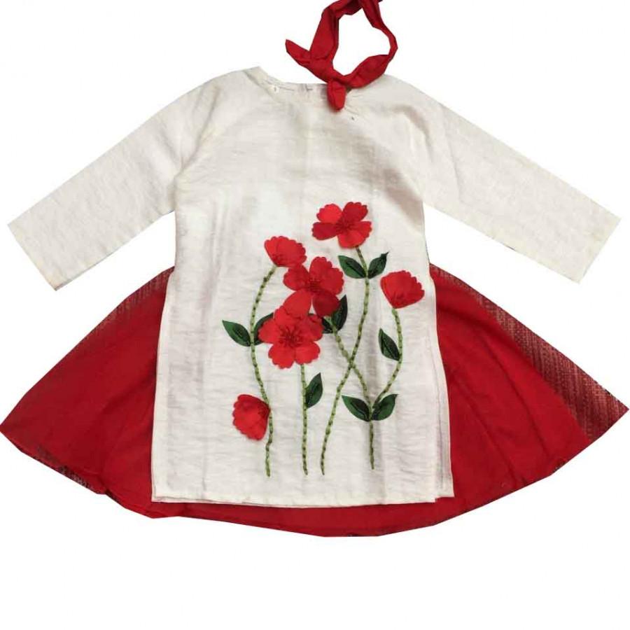Áo dài cách tân vải TAFTA ánh kim cho bé gái kèm mấn - hoa bướm