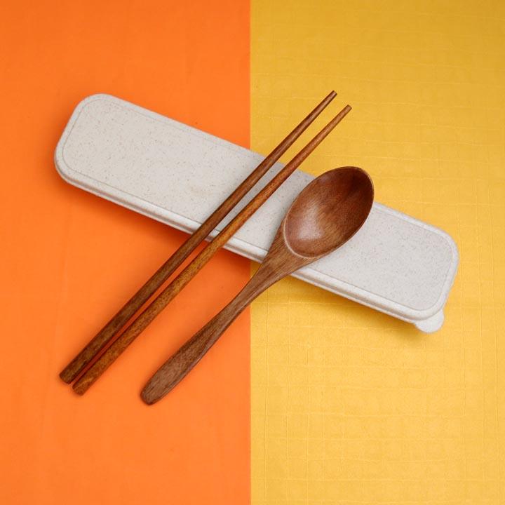 Bộ đồ ăn 2 món (muỗng + đũa) chất liệu gỗ có hộp đẹp đi kèm - 2169268 , 5347373606206 , 62_13896864 , 175000 , Bo-do-an-2-mon-muong-dua-chat-lieu-go-co-hop-dep-di-kem-62_13896864 , tiki.vn , Bộ đồ ăn 2 món (muỗng + đũa) chất liệu gỗ có hộp đẹp đi kèm