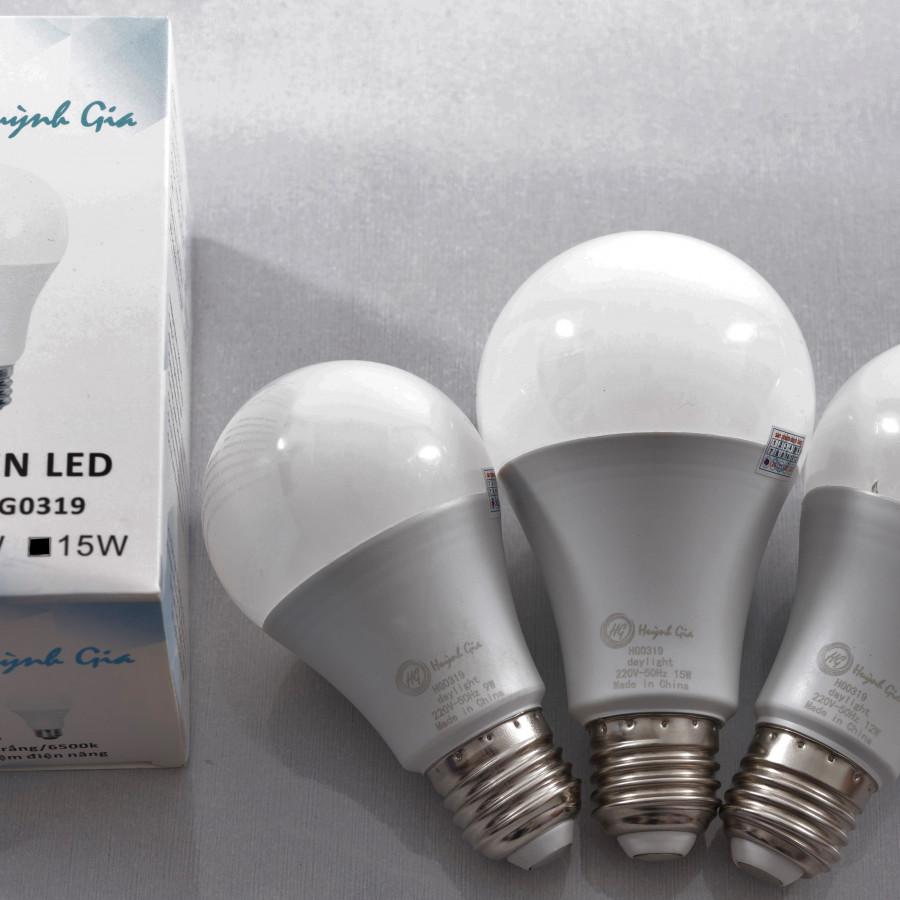 Bóng LED tròn cao cấp thương hiệu Huỳnh Gia - ánh sáng trắng- 9w - 1478190 , 4602459297756 , 62_15230174 , 45000 , Bong-LED-tron-cao-cap-thuong-hieu-Huynh-Gia-anh-sang-trang-9w-62_15230174 , tiki.vn , Bóng LED tròn cao cấp thương hiệu Huỳnh Gia - ánh sáng trắng- 9w