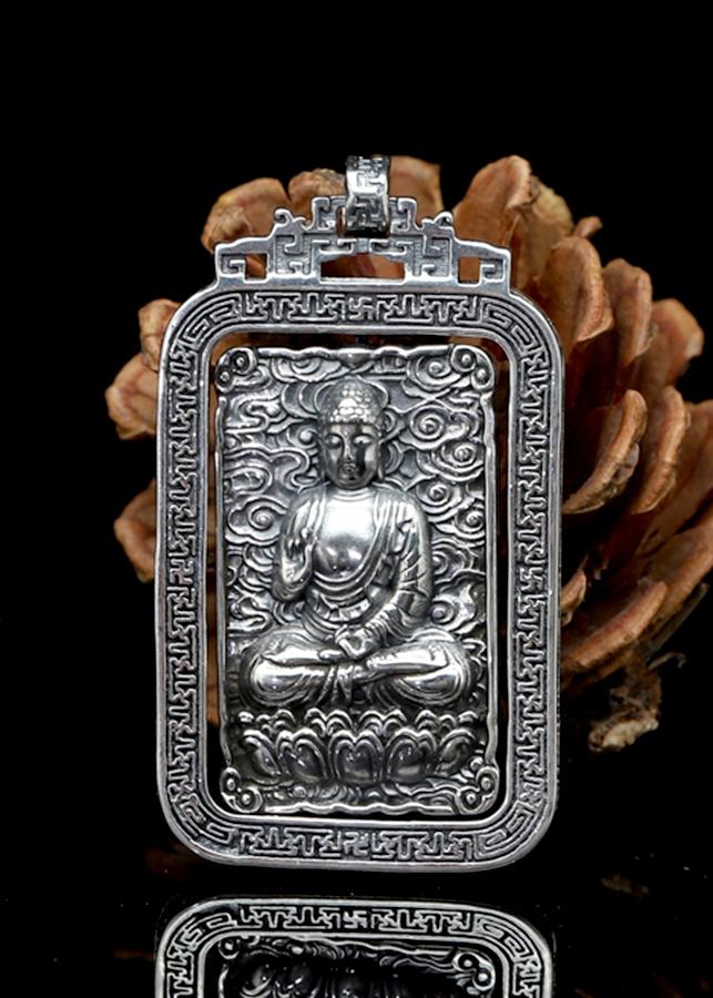 Mặt Dây Chuyền Phật A Di Đà Vuô ng Xoay Bạc Thái - 2004788 , 7364856515211 , 62_8977629 , 1980000 , Mat-Day-Chuyen-Phat-A-Di-Da-Vuo-ng-Xoay-Bac-Thai-62_8977629 , tiki.vn , Mặt Dây Chuyền Phật A Di Đà Vuô ng Xoay Bạc Thái