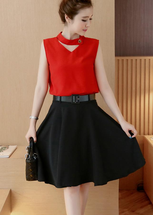 Set váy dạo phố kiểu set áo cổ tim phối nút chân váy xòe rộng S3039