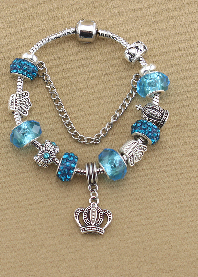 Vòng tay nữ charm xanh đính vương miện VCH02