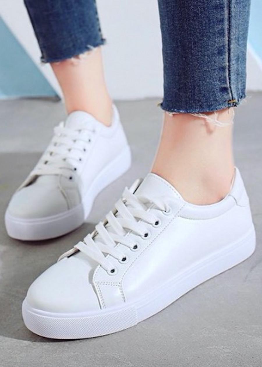 Giày thể thao da cao cấp siêu mềm siêu nhẹ màu trắng GTT398