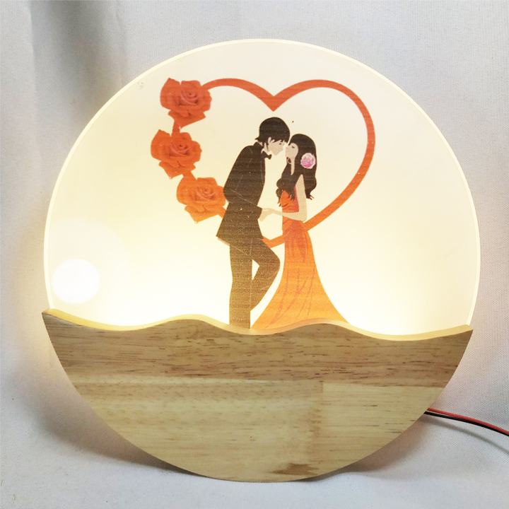 Đèn trang trí gắn tường phòng ngủ, phòng khách LED hình trái tim ba màu ánh sáng