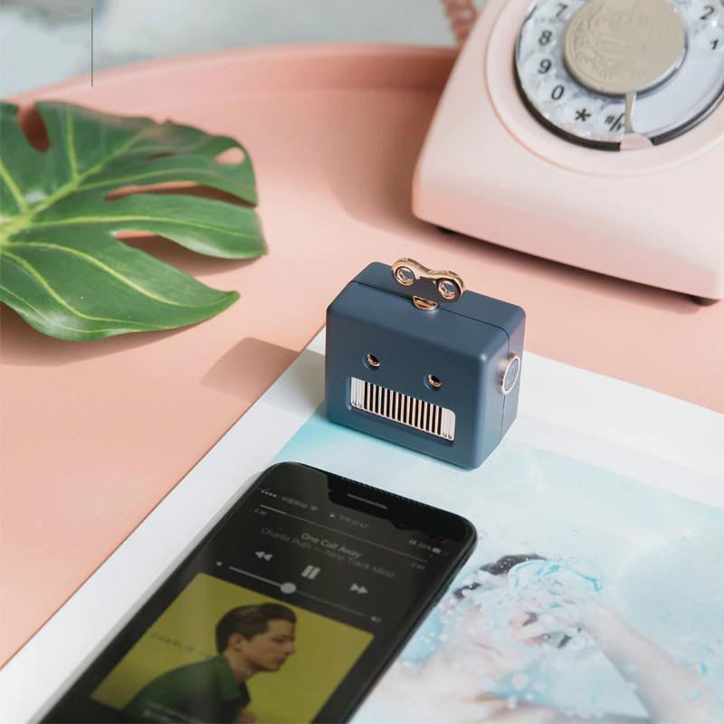 Loa Di Động Bluetooth Mini Thông Minh Robot 307 ( giao màu ngẫu nhiên ) - 7592842 , 2163545514956 , 62_16987832 , 600000 , Loa-Di-Dong-Bluetooth-Mini-Thong-Minh-Robot-307-giao-mau-ngau-nhien--62_16987832 , tiki.vn , Loa Di Động Bluetooth Mini Thông Minh Robot 307 ( giao màu ngẫu nhiên )