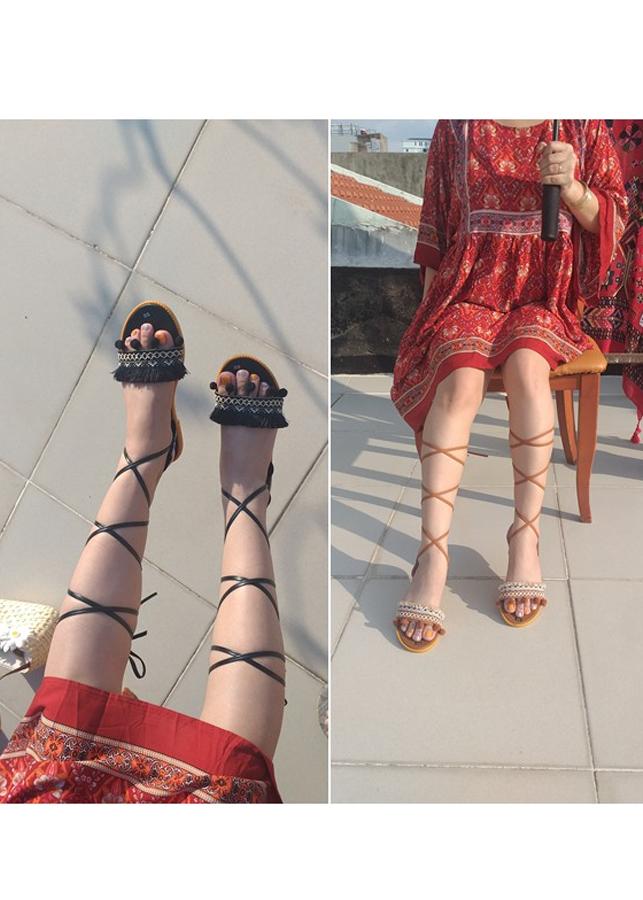 Giày sandal cột dây chiến binh thổ cẩm - 15864006 , 6924078275198 , 62_20056890 , 230000 , Giay-sandal-cot-day-chien-binh-tho-cam-62_20056890 , tiki.vn , Giày sandal cột dây chiến binh thổ cẩm