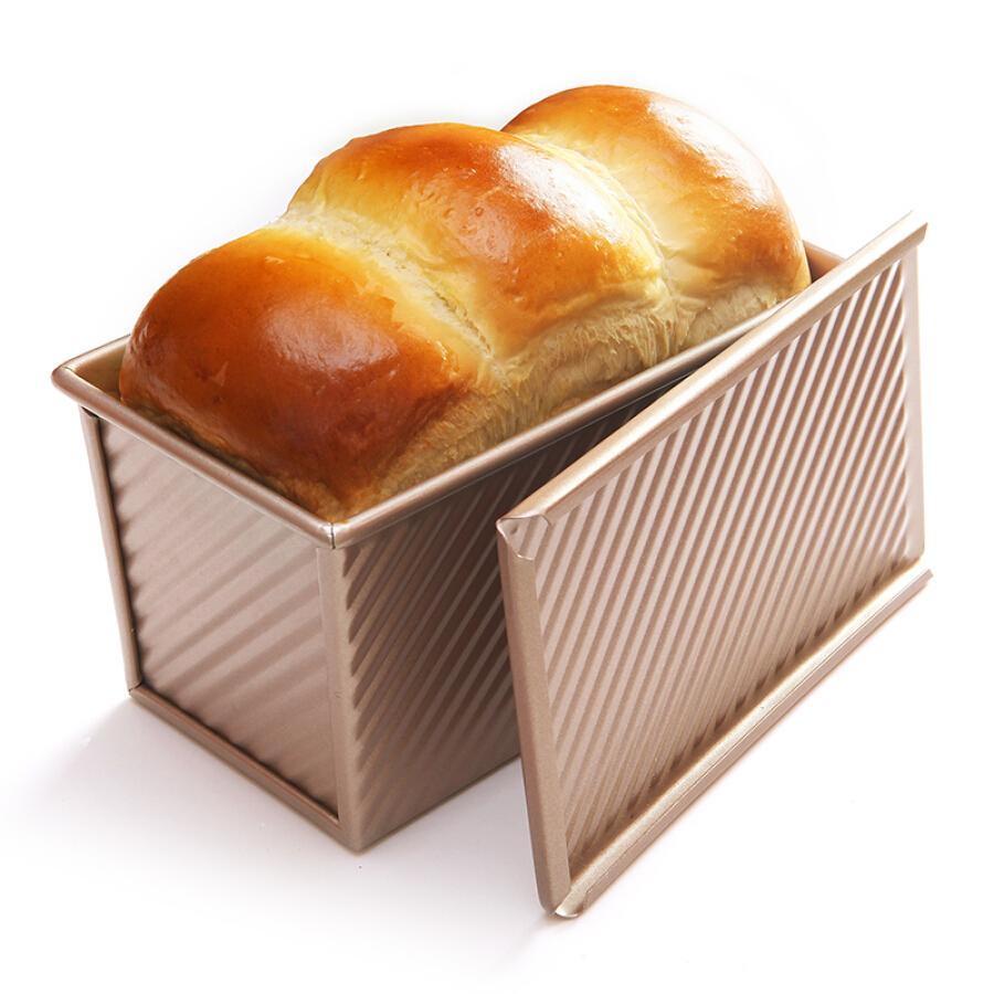 Khuôn Nướng Bánh Mì CHEF MADE WK9054