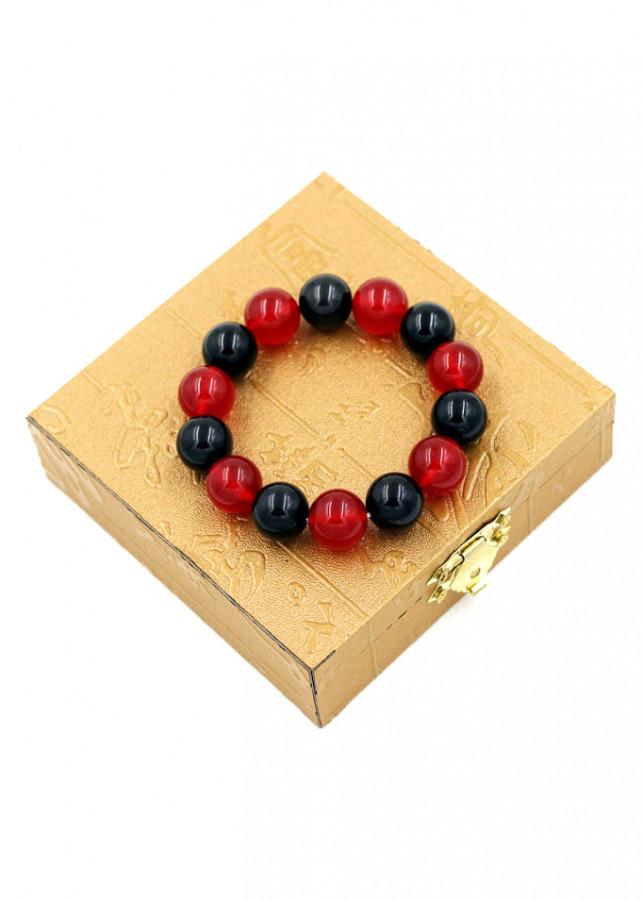 Vòng đeo tay chuỗi hạt đá thạch anh đỏ đen - Sản phẩm phong thủy phù hợp cho nam và nữ - 2039529 , 3180738152190 , 62_11712550 , 380000 , Vong-deo-tay-chuoi-hat-da-thach-anh-do-den-San-pham-phong-thuy-phu-hop-cho-nam-va-nu-62_11712550 , tiki.vn , Vòng đeo tay chuỗi hạt đá thạch anh đỏ đen - Sản phẩm phong thủy phù hợp cho nam và nữ