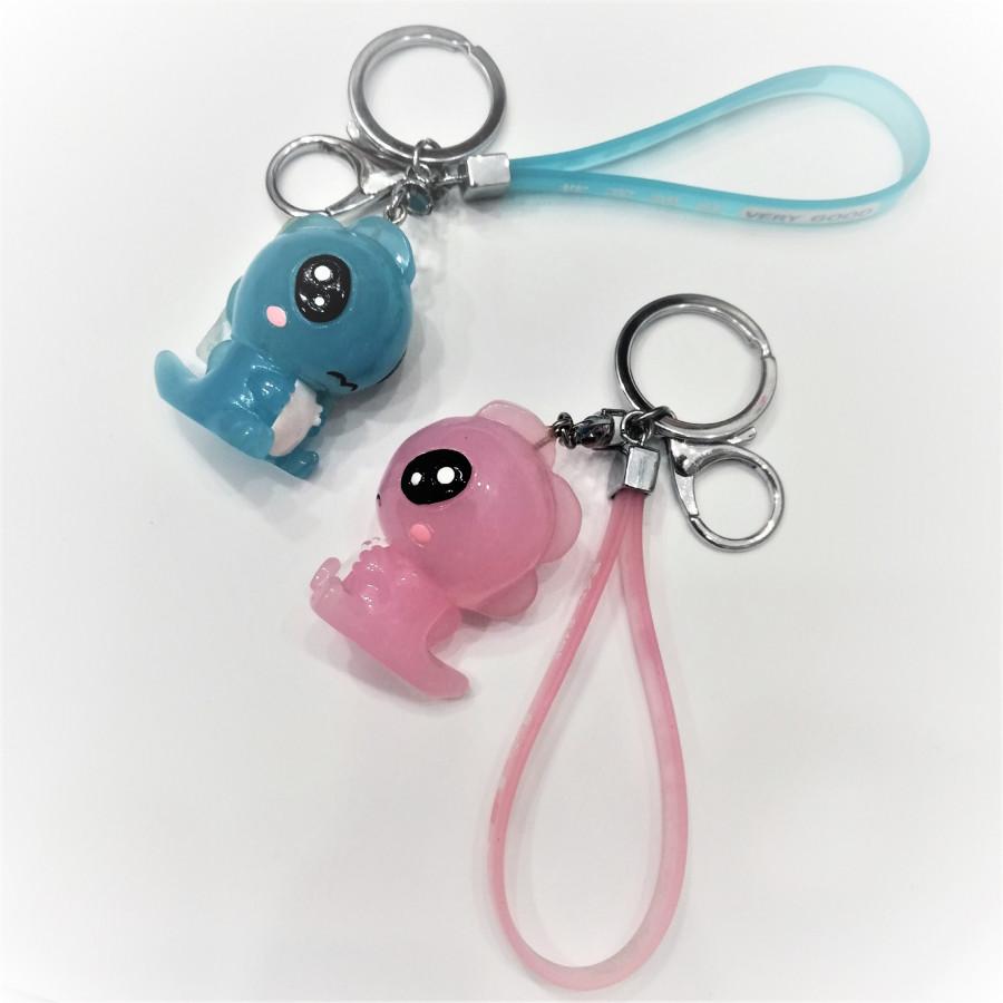 Combo 2 móc khóa khủng long con dễ thương - màu xanh dương nhạt và hồng nhạt - 1697330 , 6062420390578 , 62_11785925 , 240000 , Combo-2-moc-khoa-khung-long-con-de-thuong-mau-xanh-duong-nhat-va-hong-nhat-62_11785925 , tiki.vn , Combo 2 móc khóa khủng long con dễ thương - màu xanh dương nhạt và hồng nhạt