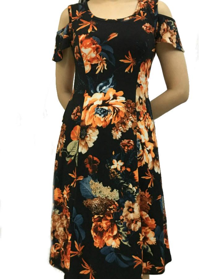 Đầm suông mặc nhà cho phụ nữ trung niên, màu đen, xẻ vai, họa tiết hoa lớn- HH01 - 2245878 , 6080381852935 , 62_14408964 , 315000 , Dam-suong-mac-nha-cho-phu-nu-trung-nien-mau-den-xe-vai-hoa-tiet-hoa-lon-HH01-62_14408964 , tiki.vn , Đầm suông mặc nhà cho phụ nữ trung niên, màu đen, xẻ vai, họa tiết hoa lớn- HH01
