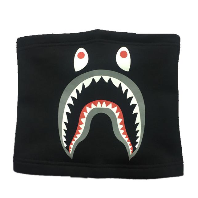 Khẩu trang trùm mặt đa năng Bape Shark (màu đen)
