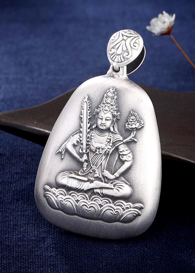 Mặt Dây Chuyền Bạc Phật Hư không Tạng Dành Cho Người Tuổi Sửu và Dần