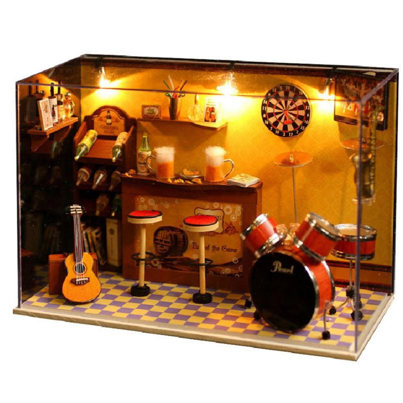 Mô hình phòng búp bê gỗ - Quán Bar nhạc Jazz với dàn nhạc cụ