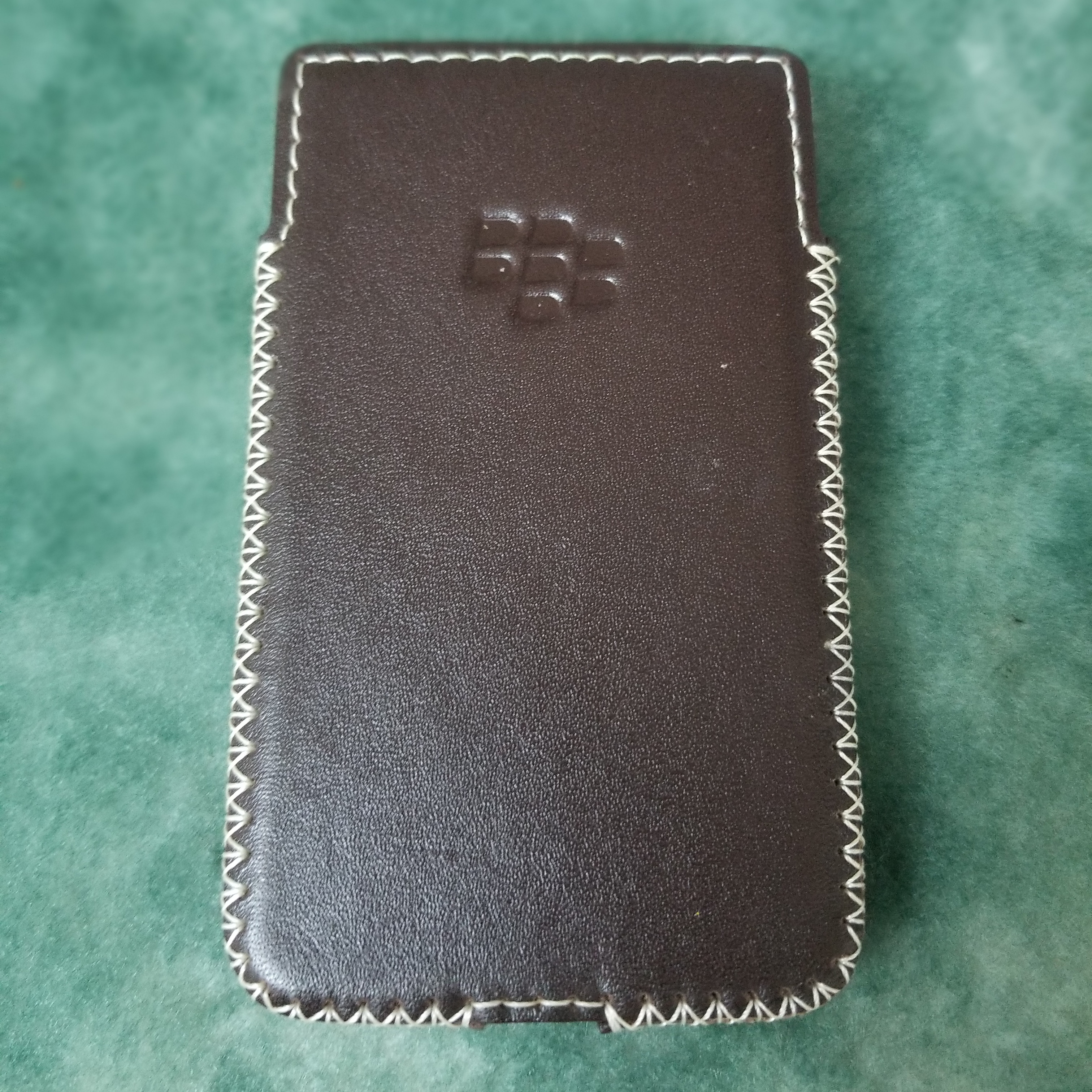 Bao Da Cầm Tay Dành Cho Điện Thoại BlackBerry Classic (Q20) Nâu
