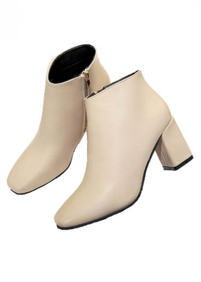 Giày boot đế vuông da trơn mũi bằng S095