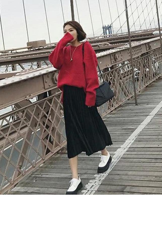 Chân váy xếp ly dáng dài thu đông